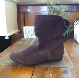 3 for $20~ Groove Brown Flat Slouchy Booties